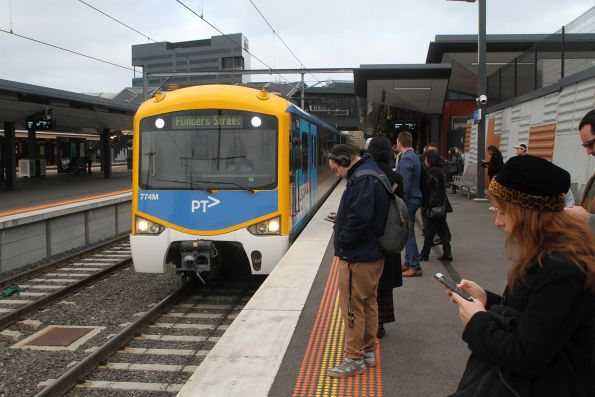 Siemens 774M arrives into Footscray on an up Sunbury service