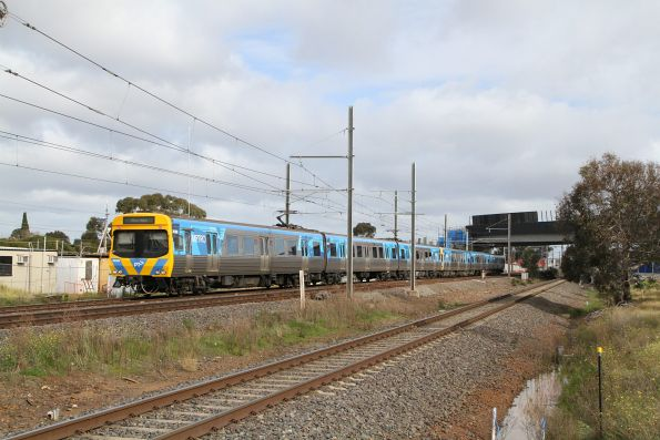Life extension EDI Comeng 637M on the down at Laverton