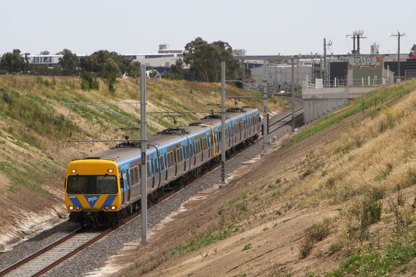 Life extension Alstom Comeng 662M passes the Campbellfield substation with an up Upfield service
