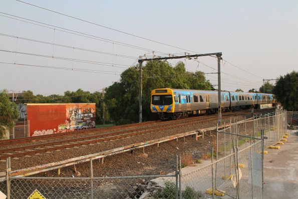 Life extension EDI Comeng 552M trailing an up service approaching Yarraville
