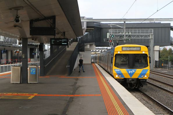 EDI Comeng 504M arrives into West Footscray on a down Sunbury service