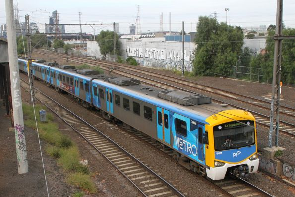 Siemens 760M on a down Craigieburn service at Kensington