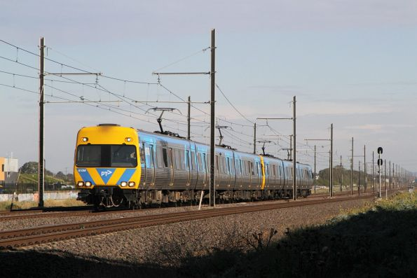 Alstom Comeng 610M on an up Werribee service at Kororoit Creek Road