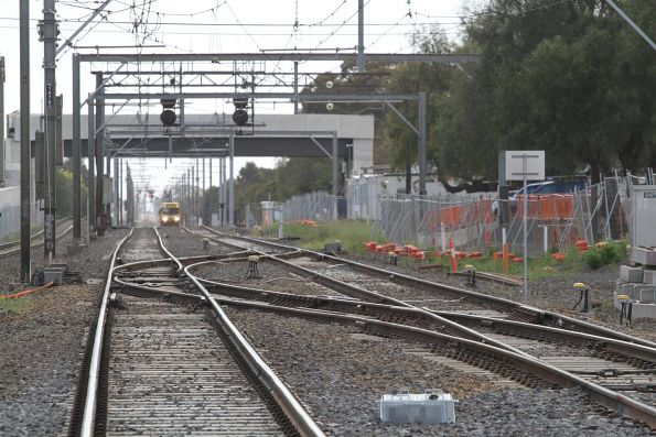 EDI Comeng 316M approaches the Cherry Street level crossing on a down Werribee service