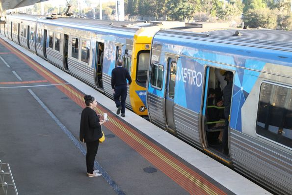 Citybound train at West Footscray has developed a fault, so the driver has to get the passengers to exit