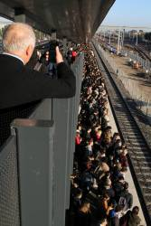 Train load of passengers left at West Footscray due to a faulty train