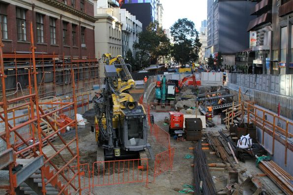 Excavation works on the western Franklin Street shaft