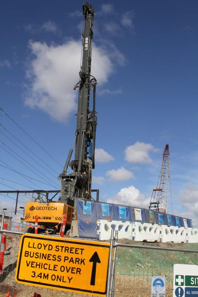 Piling rig and crane at the South Kensington portal