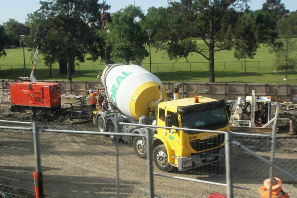 Pumping concrete into a bentonite filled trench