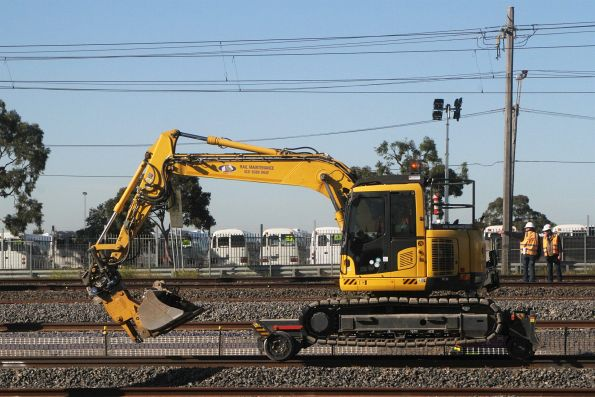 Hi-rail excavator at the down end of West Footscray