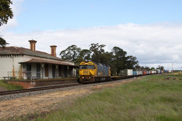 Clunes station all abandoned