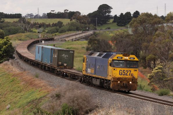 G527 crosses the Moorabool Viaduct with a lot of fresh air behind