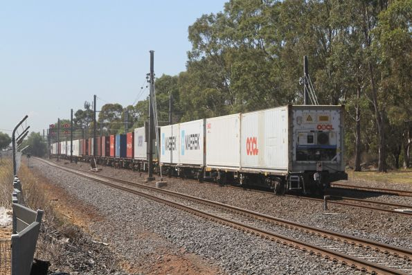 Tail end of the up Mildura freight at Werribee