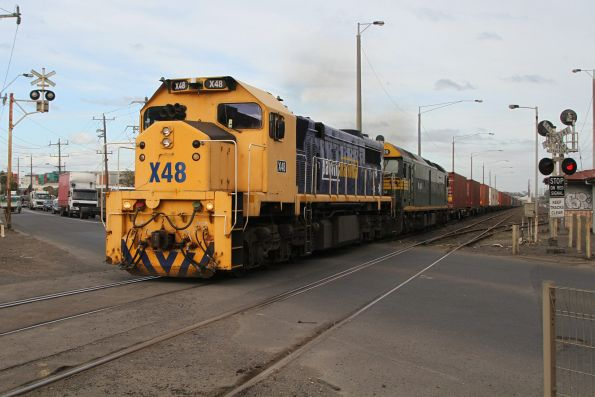 X48 leads G520 on the up Mildura freight through Brooklyn