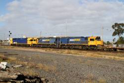 BL31 leads XR558 and XR559 on the up Mildura freight past Tottenham