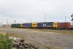 G539, BL32 and BL27 lead the up Mildura freight past Tottenham