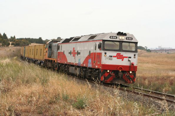 G514 and T386 on the down mineral sands train at Moorabool