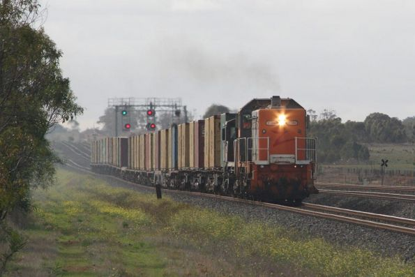 T386 and 4816 head west outside Lara