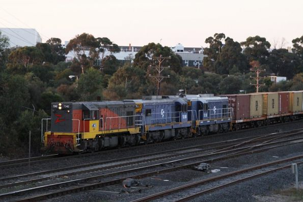 Three flats tops?! T342, TL155 and TL152 lead the down mineral sands through North Geelong
