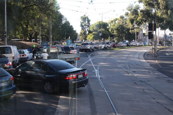 Route 55 tram blocked by motorists queuing through the William and Franklin Street intersection