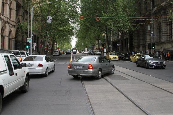 Confused motorists at the corner of Collins and Queen Street doesn't understand what a hook turn is