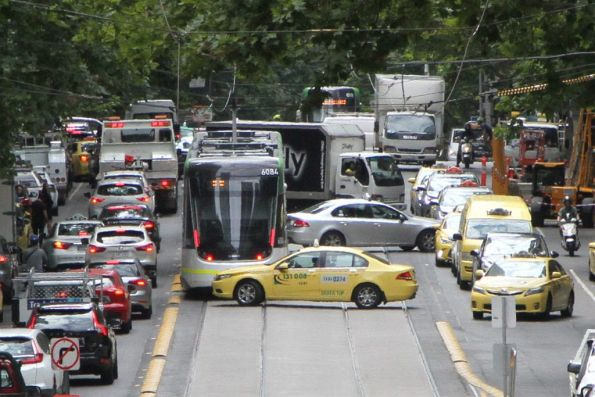 Motorists delaying trams