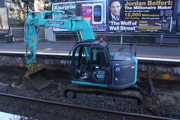 Excavator digging up South Yarra platform 1