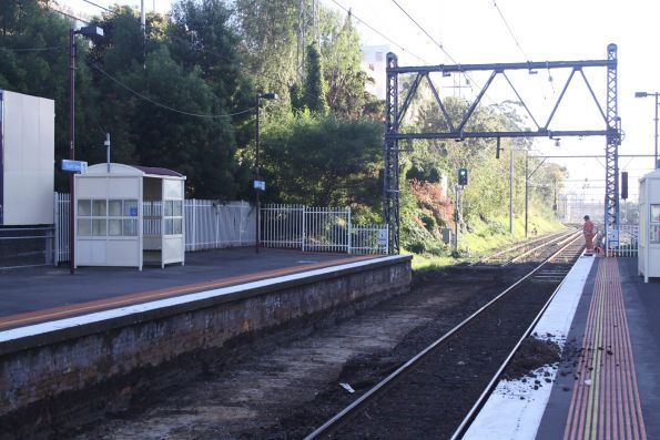 Up line cleared of track at South Yarra platform 1