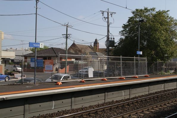 Work on a new platform shelter at the up end of Yarraville platform 1