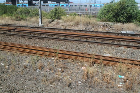 New rail laid out between the running lines at North Melbourne