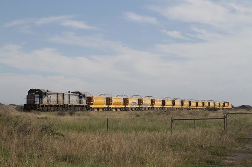 T373 and T369 stabled at the Boral siding at Deer Park