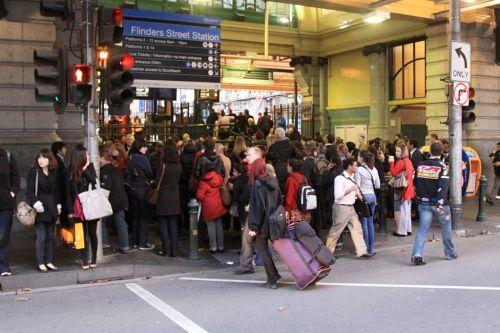 Afternoon queues to enter Flinders Street Station banking up onto Elizabeth Street