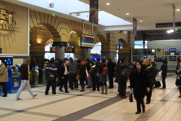 Queues to exit the concourse at Flinders Street Station