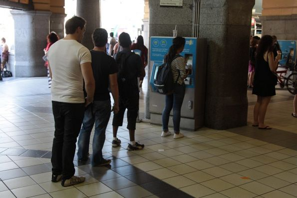 Another topup myki queue at Flinders Street Station