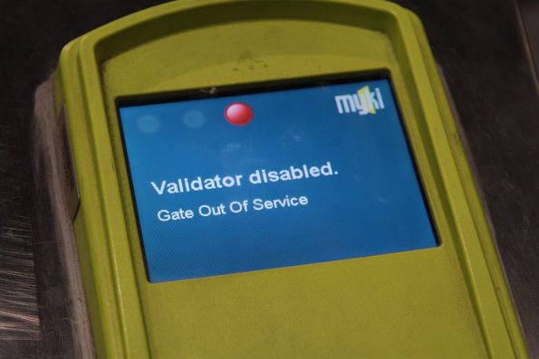 'Validator disabled / gate out of service' message on the country platforms at Southern Cross