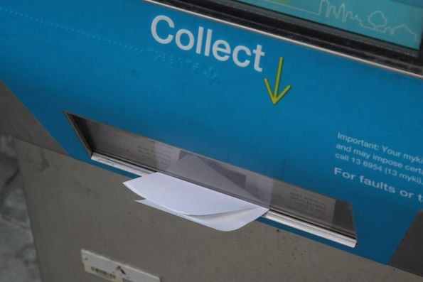 Unwanted Myki receipts *still* piling up in ticket machines