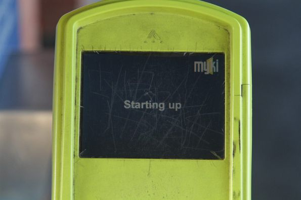 Dead myki reader stuck on the 'Starting up' screen