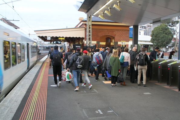 Queues at the myki gates to exit Footscray station platform 6