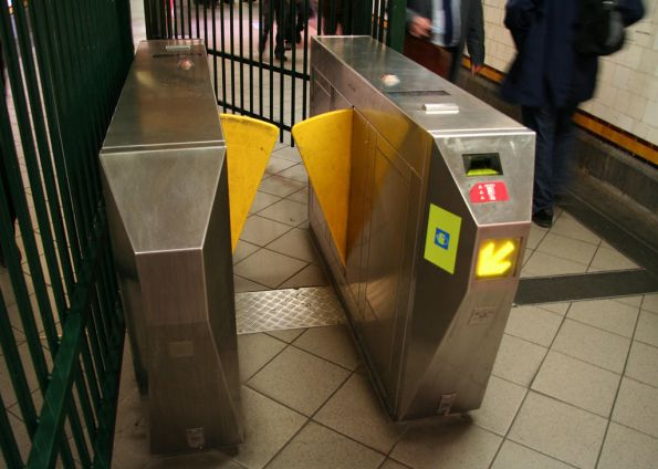 'Frankenbarrier' at Flinders Street Station, Metcard barriers fitted with a Myki reader instead of the employee touchcard spot