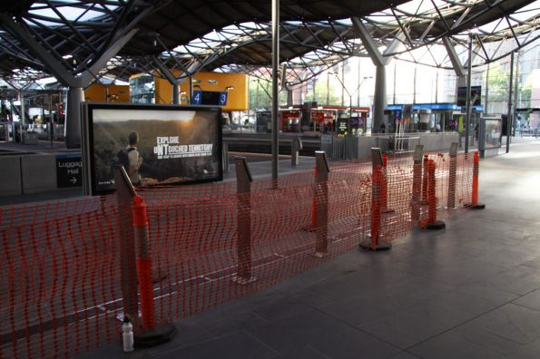 Lineup of myki FPDs at the Collins Street end of Southern Cross