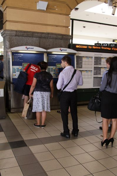 Passengers still lining up to buy Metcards at Flinders Street Station