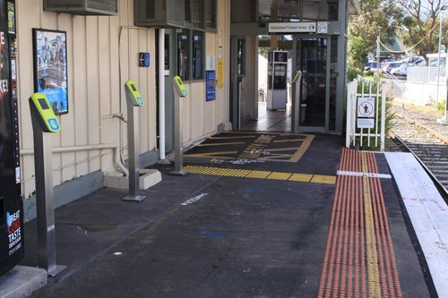 Three additional Myki FPDs at Eltham, installed away from the exit as there wasn't any room