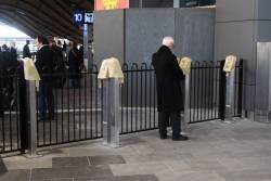 9 AM lockup for the overflow gates appears to be normal procedure at Southern Cross