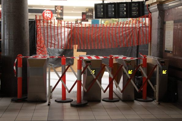 Metcard gates blocked while Myki cable trunking works take place behind