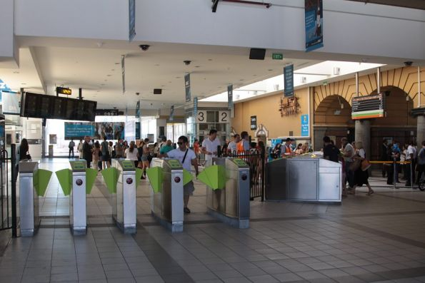 New banks of Myki gates in use at Flinders Street Station