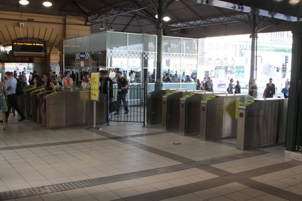 Last piece of the main Flinders Street Station gate array added