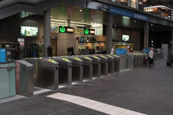 Bank of eight plus four Myki gates for the country platforms at Southern Cross Station