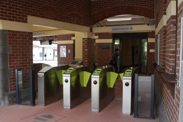 New myki equipment at the entrance to Footscray platform 4 and 5