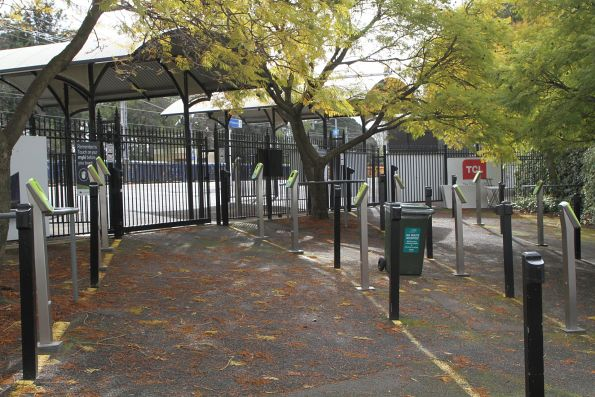 Myki readers lead to Flemington Racecourse platform 1