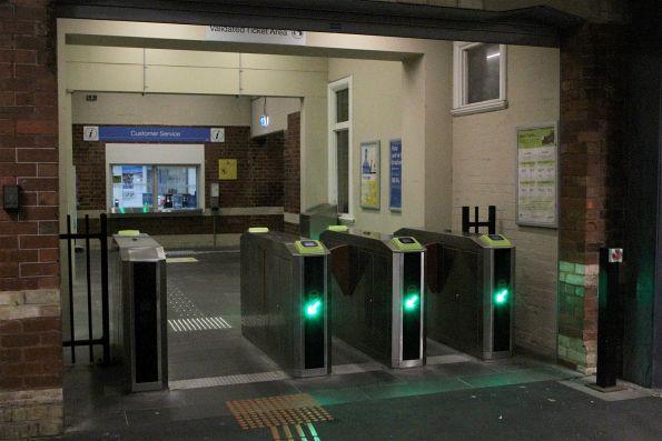 Myki gates at the entrance to Ringwood platform 3